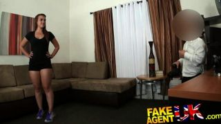 Fakeagentuk - Dick Midget Hahn Fucks Chick