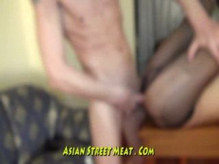 tiefe Kehle anal Hotel Asian Raver
