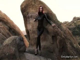 emily marilyn Fetisch-Model in Latex-Catsuit