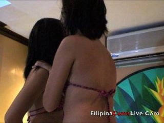 Filipina Lesben Stripper asiancamslive.com in Manila Hotel Sex Show