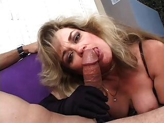 hot Puma anjelica Fuchs Rauchen Blowjob