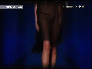 Fashion TV-2-Modell oops
