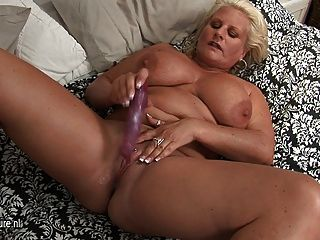 big titted blonde Oma immer frech