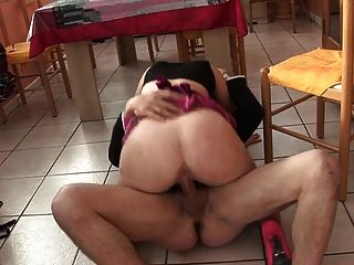 Europa a06 college girl baisee sodomisee.