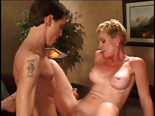 julie mandrews blow job zu lyons junge scott tun