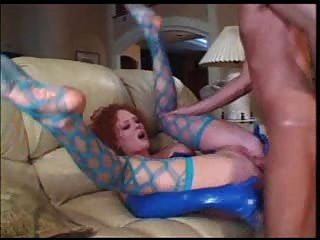Milf Audrey Hollander anal in Latex Teil 2