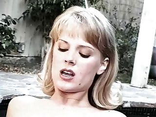 jennifer avalon und rebecca Herren - Whirlpool Sex