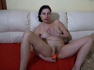 down earth, Webcam Amateur MILF Lesben shopping, lunch