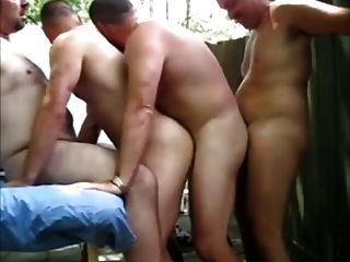 4some Bär Pool-Party