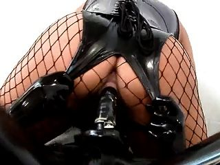 bizarre Gummi ficken blond Latex