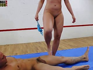 Big Butt Herrin faccesitting Mixed Wrestling
