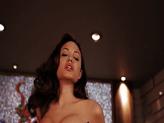 Angelina Jolie - Mr. Und Mrs. Smith