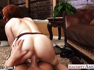 chesty Hahn Penny pax take Rothaarige Hausfrau in pov