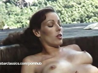 klassischer Pornostar Annette Haven Lesben Hot Tub Sex