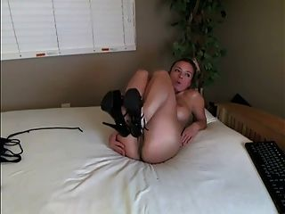 atemberaubende blonde milf private webcam show