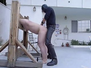 spanking und fucking slave in stockade