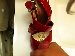 Cumming auf High Heel Peep Toes