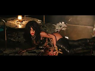 Rihanna Striptease Musik Video