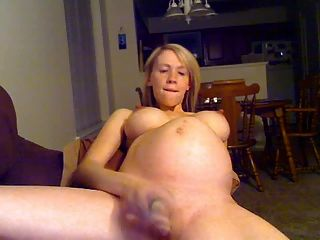 blonde preggo Mädchen in Webcam whit Dildo
