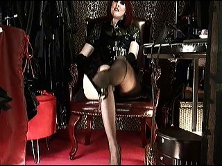 Shoeplay \u0026 Baumelnde High Heels Mit Herrin Vivian