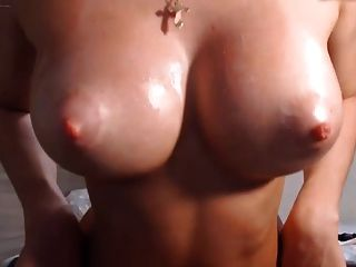 Young Milf Bilder nackt sexy looking, handsome, charming but