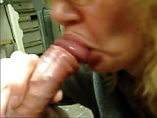 Blowjob Buddy tolle Zungenaktion
