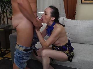 Man eats cum out of pussy